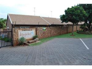 Beautiful 1 bedroom available in Highveld