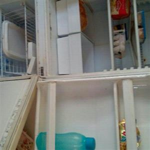 kIC fridge /freezer