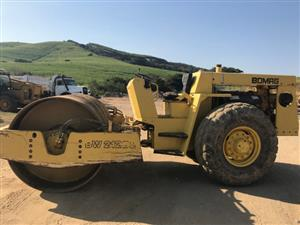 Bomag BW212D2 Smooth Roller