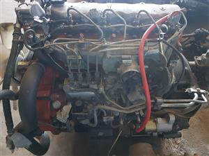 Toyota w04d engine complete for sale .Contact Bertie 072-707-9933