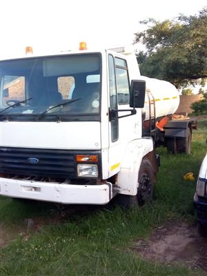 Swapping or Selling a Ford Cargo Water Tanker with Ade 352