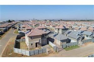 WE BUY AND ALSO SELL PROPERTIES FOR CASH ANYWHERE GAUTENG