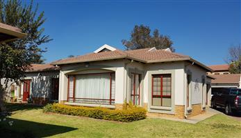 Beautiful 2 Bedroom Retirement Home To Rent - Pretoria East