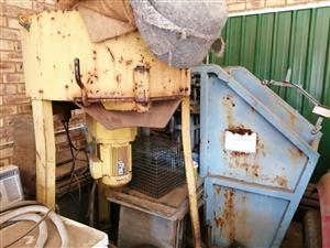 Brick making machine and mixer with molds