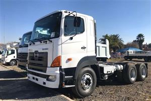 Hino 700 Profia Horse Truck