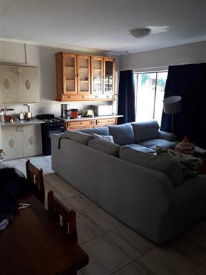 2-en-suite flat