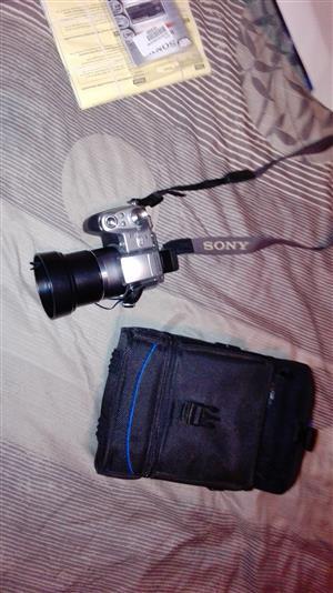 SONY Cyber-shot DSC-H1 Camera