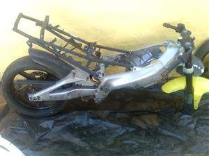 APRILIA RS 125 COMPLETE FRAME, RIMS AND CLOCK HOUSE URGENT SALE