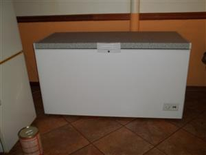 Large Chest Freezer DEFY CF530-HC