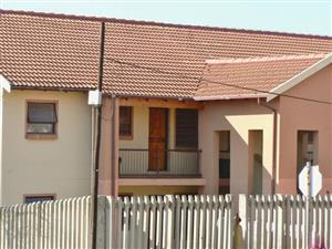 Bachelor's flat for rental