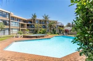 6 SLEEPER IN BALLITO OPEN FOR DECEMBER MIN 10 NIGHTS-NORTHCOAST:BALLITO:REF:RS/BB/33