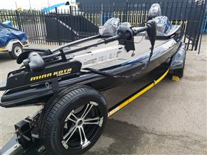 Tribal Bass Boat, 140 hp Suzuki four stroke motor