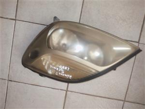 RENAULT SCENIC 1 LEFT HEADLIGHT FOR SALE!!