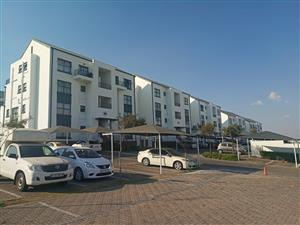 2 Bedroom Flat For Sale in Green stone Hill