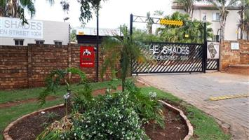 A lovely 3 bedroom unit to let in Garsfontein.