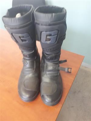 Gearne motocross boots
