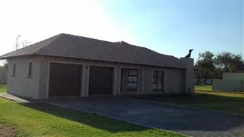 To rent Direct from Owner in Kameeldrift East