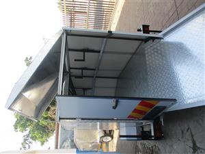 ENCLOSED LUGGAGE TRAILER FOR SALE
