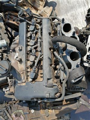 Stripping Hyundai h 1 bus engine for spares