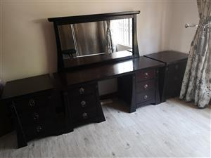 DRESSING MIRROR TABLE & SIDE TABLES
