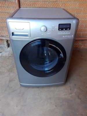 Washing machines in good working condition