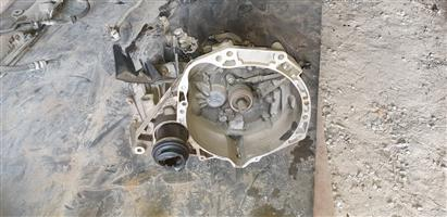 Nissan Micra gearbox