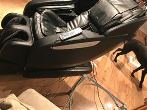 Deluxe Multi-functional Massage Chair
