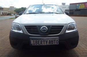 2013 Nissan NP200 1.6i loaded