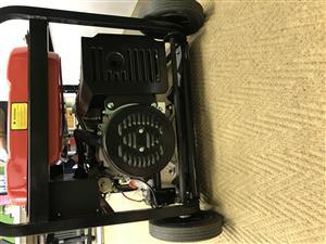 ROYBI  Generator  RG-7900K