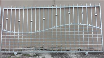 Bargain on Hot dip galvanized Designer Gates