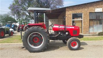 Massey Ferguson 440 2x4 Tractor/ Trekker