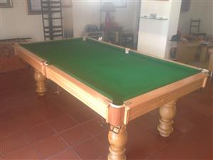 Pool Table unique 3 quarter - R30000
