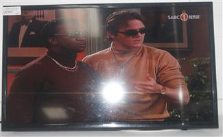 Samsung 32 inch LEd tv with remote and brackets S036717A #Rosettenvillepawnshop
