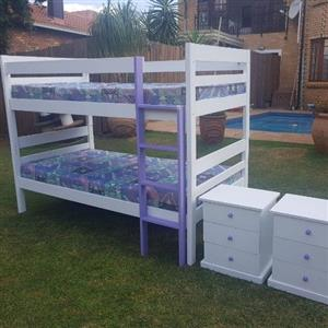 Bunkbead with mattresses and 2 drawer side tables