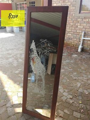 Mirror (sandblasted giraffe)