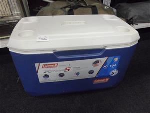 Coleman Xtreme5 Large Cooler Box