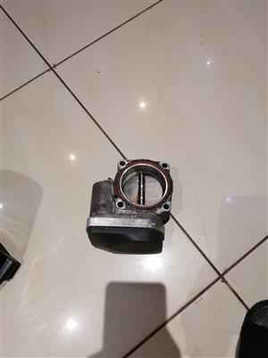 Bmw E90 throttle body and cradle with bumper stiffer for sale