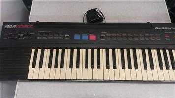 Keyboard Yamaha PSR-7   420 Dual Voices/ PCM Rhythm   In Prestine Working Condition