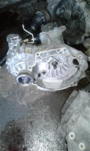 VOLKSWAGEN POLO CLASSIC OLD SHAPE 5 SPEED MANUAL GEARBOX FOR SALE
