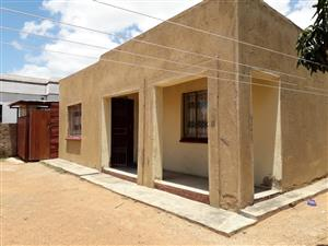 HOUSE BLOCK X SOSHANGUVE R 170.000