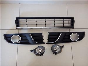 VW POLO VIVO FACELIFT 2014/17 FOGLIGHTS COVERS WITH CENTER GRILLES AND FOGLIGHTS FORSALE ALL FOR R1200