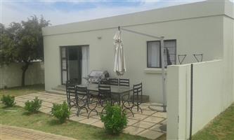 2 Bedrooom Garden flat Far East for Rent