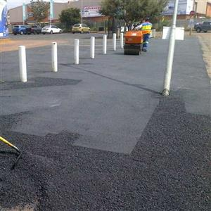 Tar surfacing,paving,concrete slabs,kerbs and graveling 0780795832