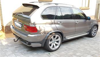 2005 BMW X5 M