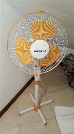 Fan on stand in working condition