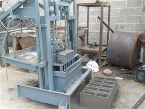 Repairs and modifications to block machines and pan mixers
