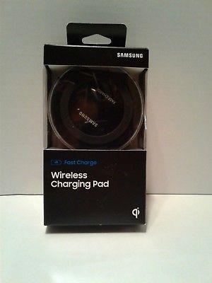 **ORIGINAL** Samsung Fast Wireless Charging Pad IN BOX