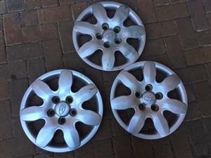 "Hyundai 15"" Hubcaps for Sale"
