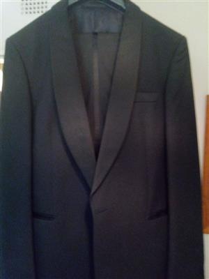 Dress Suit 34 waist.