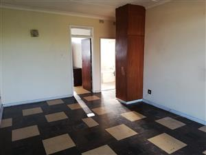 2 Bedroom flat available Immediately in Vdbp CW1